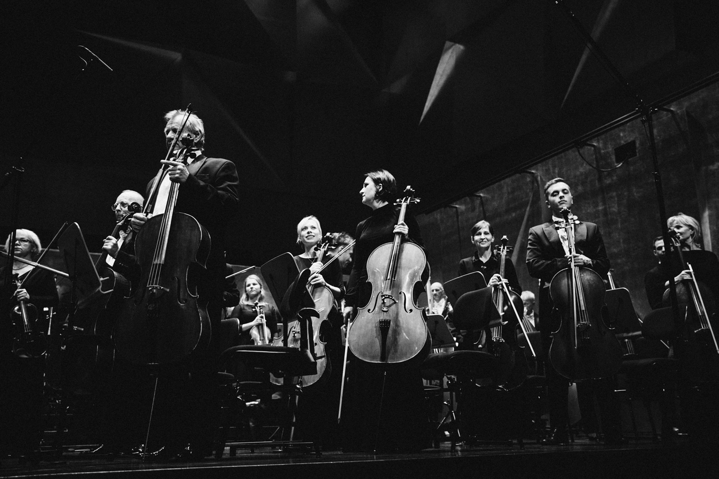 Orkiestra Filharmonii im. M Karłowicza Fot. Kinga Karpati&Daniel Zarewicz PRESTIGE PORTRAIT