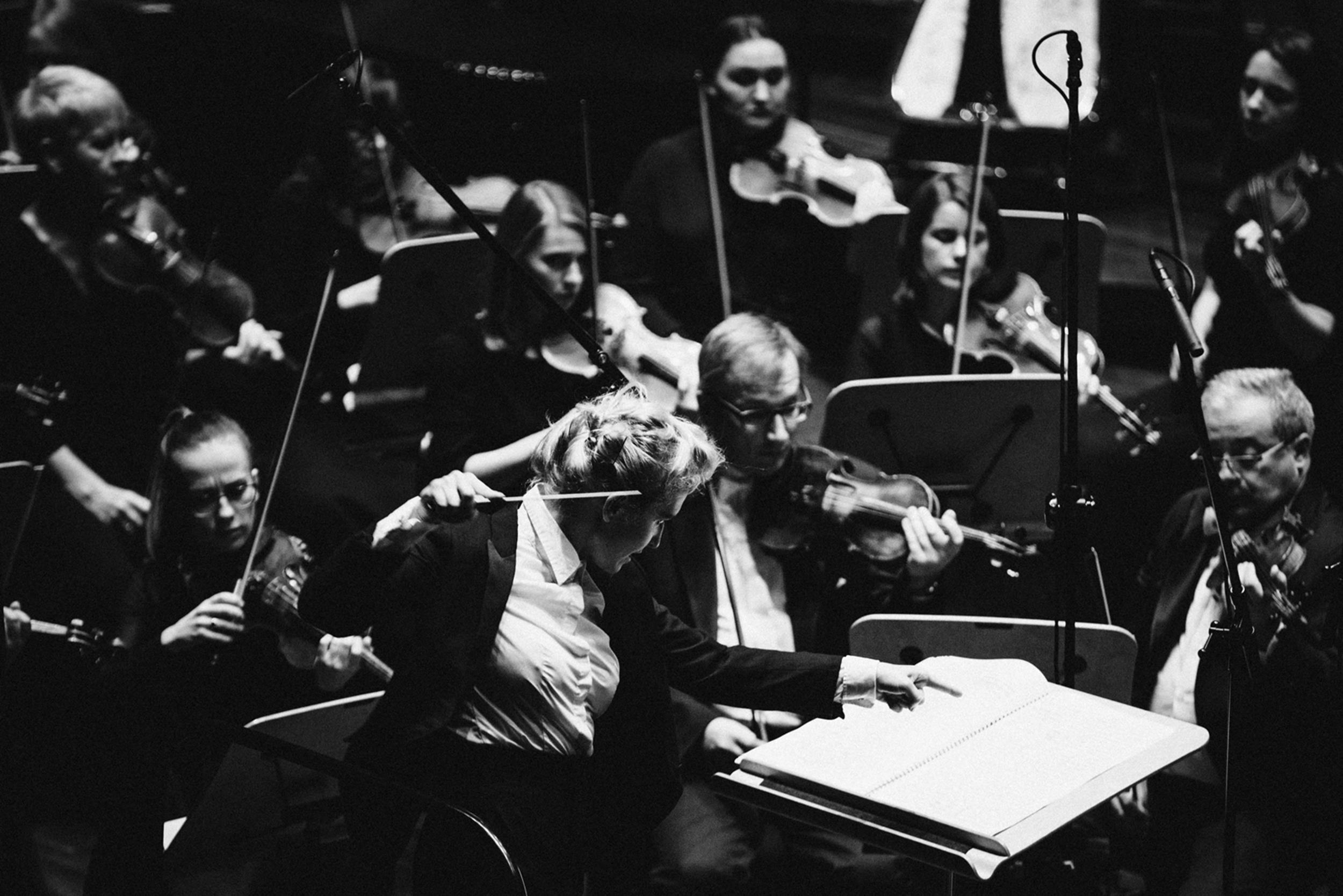 Patrycja Pieczara i Orkiestra Filharmonii w Szczecinie Fot. Kinga Karpati&Daniel Zarewicz PRESTIGE PORTRAIT