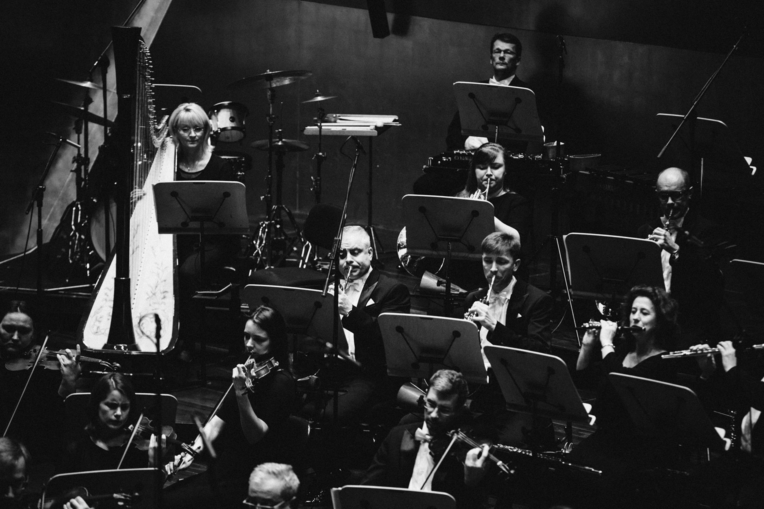 Orkiestra Filharmonii im. M Karłowicza w Szczecinie Fot. Kinga Karpati&Daniel Zarewicz PRESTIGE PORTRAIT (2)