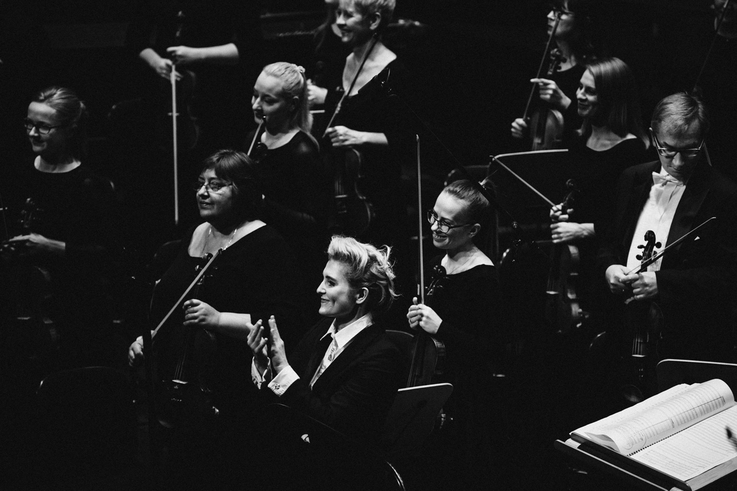 Patrycja Pieczara i Orkiestra Filharmonii Szczecin Fot. Kinga Karpati&Daniel Zarewicz PRESTIGE PORTRAIT